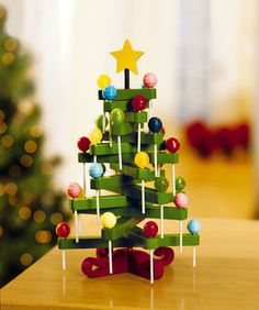 Lollipop Tree made from clothespins (easy to DIY)