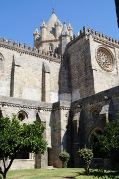 Cathedral in Evora #portugal