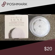 Brand New in box Clarisonic brush head Brand NEW in box luxe cashmere brush head.   For Clarisonic MIA, MIA 2, PRO, & PLUS  LUXE CASHMERE CLEANSE  Brush heads are made from a non-porous, soft elastomeric material, resistant to bacterial attachment. clarisonic Other