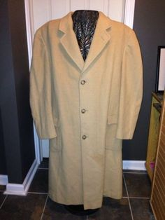 Ralph Lauren Trench Coat Mens Sz 44R Warm Lux....Free Shipping N USA!!!!