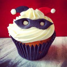 Harley Quinn cupcake #cupcakes #geek #batman