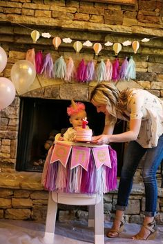 Looking for a party that's simple and sweet? I've got a party that's ever-so-neat! Kara's Party Ideas has an Up, Up & Away Birthday Party for you! Girls First Birthday Cake, Birthday Chair, Boys 1st Birthday Party Ideas, One Year Birthday, Girl Birthday Themes, Girl Themes, Tea Party Birthday, First Birthday Parties, Candy Bar Party