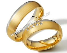Alianças de noivado e casamento em ouro amarelo e branco