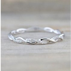 Ring Set, Ring Verlobung, Diamond Wedding Bands, Diamond Engagement Rings, Halo Engagement, Infinity Ring Engagement, Engagement Rings Twisted Band, Wedding And Engagement Rings, Vine Wedding Ring