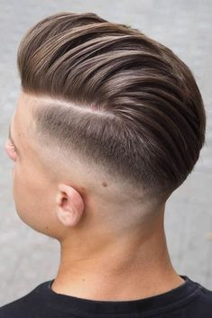 ❤️Do you know that the comb over is the most versatile haircut? If you are about to freshen up your look and you still don't know what cut to choose, this article is for you. ❤️ Classic Comb Over Haircuts With Faded Undercut Mens Hairstyles Fade, Undercut Hairstyles, Haircuts For Men, Men Undercut, Men's Hairstyle, Comb Over Haircut, Fade Haircut, Medium Hair Styles, Short Hair Styles