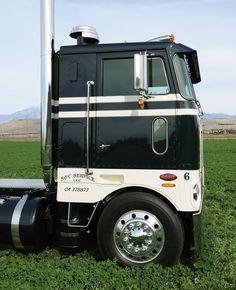 Big Rig Trucks, Semi Trucks, Cool Trucks, Tow Truck, Peterbilt 379, Peterbilt Trucks, Welding Trucks, Custom Big Rigs, Cab Over