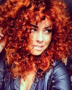 Love the color & the curls!
