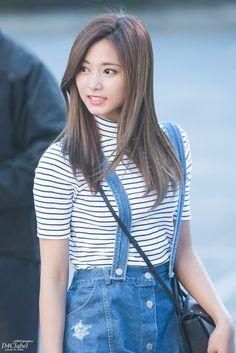 Extended Play, Kpop Fashion, Korean Fashion, Korean Beauty, Asian Beauty, K Pop, Nayeon, Asian Woman, Asian Girl