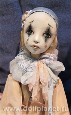 W Fine Porcelain China Diane Japan Cute Clown, Creepy Clown, Clay Dolls, Blythe Dolls, Pierrot Clown, Paperclay, Doll Tutorial, Chica Anime Manga, Doll Repaint