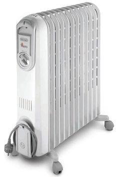 Radiateur bain d'huile DELONGHI V551225 119€ 4,8/5 (5 avis) 3 allures de chauffe : 900 W / 1300 W / 2500 W 12 éléments chauffants Effet Venturi Roulettes multidirectionnelles