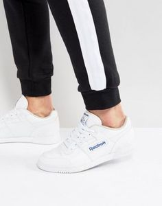 Shop the latest men's trainers with ASOS. Shop for your favourite brands like Nike, Adidas New Balance or Puma & Reebok. Reebok White Sneakers, White Reebok, Sneakers Mode, Sneakers For Sale, Sneakers Fashion, Work Sneakers, Sneakers Design, Green Sneakers