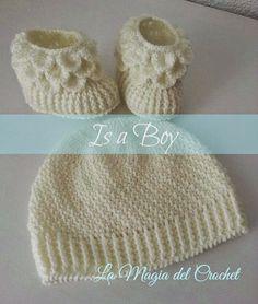 La Magia del Crochet: Is a Boy: Botitas y gorro a juego en crochet para ...