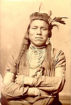 Crow Photographs - individuals | www.American-Tribes.com