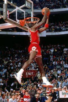 Michael Jordan Dunk Pictures and Photos Jordan 23, Michael Jordan Basketball, Air Jordan Iii, Michael Jordan Chicago Bulls, Jeffrey Jordan, Jordan Retro, Mvp Basketball, Basketball History, All Star