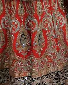 great vancouver wedding Close-up of this Bridal lehenga.#bridal #anarkali#suits#Sarees#gowns#Lehengas#vancouver#desi#fashion#vancouverphotography#vancouverfashion#surreyvancity#lehenga #myvancouverlife#indian#indianfashion#indianwedding#indianfashionblogger#WeddingShopping#weddingbells#fashion#southasianbride#southasianfashion#punjabibride#sikhwedding#wedding#punjabiwedding#indowestern#richmond by @in.vogue.fashion.haus  #vancouverindianwedding #vancouverwedding #vancouverwedding