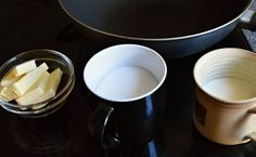 Domácí slaný karamel: jak připravit? » MlsnáVařečka.cz Tableware, Dinnerware, Tablewares, Dishes, Place Settings