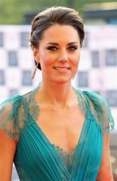 Kate Middleton in Lace Backless Jenny Packham Gown Pictures Photo 48 Jenny Packham, Kate Middleton, Princess Kate, Queen Kate, Zooey Deschanel, Gown Pictures, Photos, Prince William And Catherine, Best Wedding Hairstyles