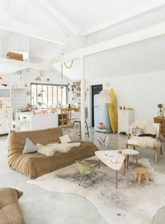 Get More Baffling Boho Scandinavian Living Rooms Ideas 28 Marvelous Scandinavian Living Rooms With Boho Style Ideas Scandinavian living-room have an air from elegance and abundant custom. Boho Living Room, Living Spaces, Living Rooms, Scandinavia Design, Scandinavian Living, Home And Deco, Sweet Home, New Homes, Room Decor