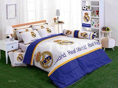 Real Madrid Club Football Official Licensed Bed Sheet Set (King size, 4 Pieces Set : 1 Bed Fitted Sheet, 2 Standard Pillow Case and 1 Standard Bolster Pillow Case Boys Football Bedroom, Football Bedding, Soccer Bedroom, Football Rooms, Football Bags, Guy Bedroom, Real Madrid Club, Real Madrid Soccer, Real Madrid Players
