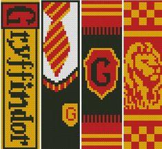 Harry Potter Perler Beads, Harry Potter Crochet, Cross Stitching, Cross Stitch Embroidery, Cross Stitch Patterns, Simple Cross Stitch, Modern Cross Stitch, Harry Potter Cross Stitch Pattern, Classe Harry Potter