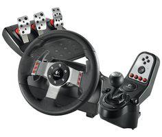 G27 Racing Wheel: Une conduite digne d'un simulateur. Mécanisme de retour de force puissant à deux moteurs avec engrenage hélicoïdal.  Levier six vitesses avec enclenchement de la marche arrière par simple pression. Témoins de changement de vitesse/tachymètre. Volant réaliste de 28 cm de diamètre à revêtement en cuir. Pédales d'accélérateur, de frein et d'embrayage en acier.  Réf. 941-000092. http://www.exertisbanquemagnetique.fr/info-marque/logitech #Logitech #Volant #Video #Gaming