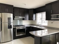 There is no question that designing a new kitchen layout for a large kitchen is much easier than for a small kitchen. Kitchen Room Design, Kitchen Cabinet Design, Modern Kitchen Design, Home Decor Kitchen, Interior Design Kitchen, Kitchen Ideas, Small Kitchen Layouts, Eclectic Kitchen, Decorating Kitchen