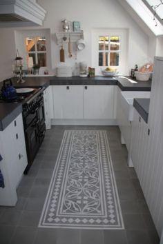 Ideeen voor de nieuwe keuken - Een portuguese tegelvloer maakt je keuken bijzonder - prachtig!