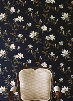 Colefax and Fowler Marchwood Tapet Paper Wallpaper, Wallpaper Online, Wallpaper Samples, Flower Wallpaper, Wallpaper Ideas, Flying Flowers, Black And White Wallpaper, Black White, Traditional Wallpaper