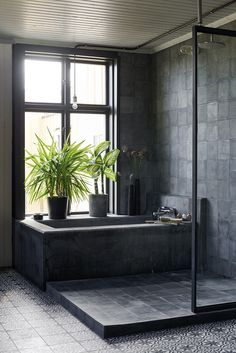 Home spa in black concrete, steele and moroccan patterned tile. Bath tub and double shower. Concrete Shower, Concrete Bathroom, Interior Design Inspiration, Bathroom Inspiration, Black Tile Bathrooms, Beautiful Bathrooms, Bathroom Interior Design, House Ideas, Architecture