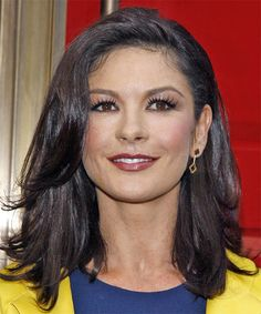 catherine zeta-jones medium length hair style