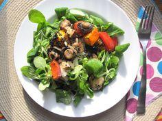 Nach so viel (Vanille)Gehirn darfs dann abends auch mal was Gesundes und gänzlich Harmloses sein: Caras Salat mit Röstgemüse.  http://living-lohas.blogspot.de/2012/11/vegan-wednesday13-booohoooo-halloween.html
