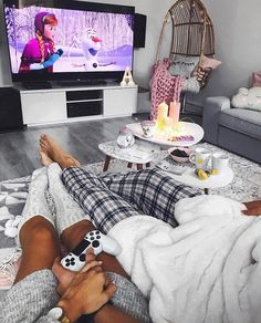 ❆ can't wait for cozy dates ☃️❤️ Couple Goals, Cute Couples Goals, Family Goals, Happy Couples, Relationship Goals Pictures, Cute Relationships, Dream Dates, Cute Date Ideas, New Yorker Mode