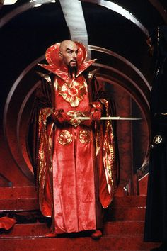 Emperor Ming the Merciless (Max von Sydow) - Flash Gordon Max Von Sydow, Flash Gordon, Sam J Jones, Evil Empire, Sci Fi Movies, Cult Movies, Iconic Movies, Classic Movies, Science Fiction Art