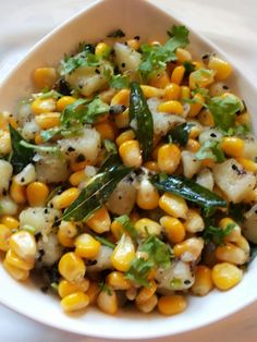 Corn Chaat: Some of the best snacks in the world come from India….samosa's, pani puri, pav bhaji to name a few! Today I'll be sharing a simple corn chaat recipe with you. It's great for a mid morning and mid afternoon snack and the healthier you make it, Indian Appetizers, Indian Snacks, Indian Food Recipes, Vegetarian Recipes, Cooking Recipes, Party Appetizers, Party Snacks, Vegetarian Appetisers, Eggless Recipes