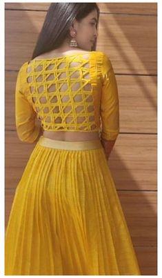 New Saree Blouse Designs, Choli Designs, Fancy Blouse Designs, Bridal Blouse Designs, Latest Blouse Neck Designs, Choli Blouse Design, Stylish Blouse Design, Stylish Dress Designs, Designs For Dresses