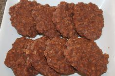 No-bake cookies placed on the tray - they won't be there long!