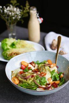 You make the tastiest salad dressing yourself - Koolhydraatarme recepten - Ceasar Salat, Salade Healthy, Detox Week, Halloumi, Kung Pao Chicken, Cobb Salad, Salads, Bbq, Food And Drink