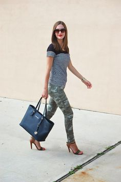 Mix it Up // Camo and stripes #patternmixing #casualstyle