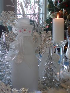 Snowman Centerpiece by dining delight, via Flickr