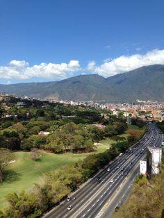 El inmenso Avila desde los Prados hermosa mañana!!  Hermosa Caracas