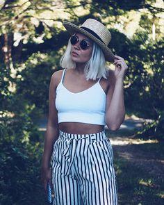 Mä oon kyllästynyt trendeihin ja muotiin! Ehkä näin muotiblogia kirjoittavansa yllättävä paljastus mutta näin on päässyt käymään  Blogissa paljastan tarkemmin mistä on kyse!  #fashionstatement #moreontheblog #whatiwore #summeroutfit #newzealand #goldenbay