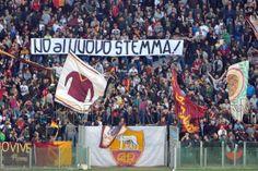 AS ROMA vs Parma (2013/2014) Curva Sud - No al nuovo Stemma! Parma, Times Square, Travel, Viajes, Destinations, Traveling, Trips