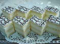 Citromkrémes szelet Hungarian Desserts, Hungarian Recipes, Sweet Cookies, Cake Cookies, Eastern European Recipes, Bakery, Cheesecake, Food And Drink, Cooking Recipes