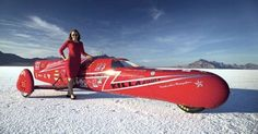 The 'Killajoule' became world's fastest electric sidecar motorcycle, built and driven by Eva Håkansson, by reaching a top speed of km/h. 3 Wheel Motorcycle, Female Motorcycle Riders, Sidecar Motorcycle, Speed Racer, Speed Bike, Impression 3d, Bonneville Motorcycle, Electric Cycle, Electric Vehicle