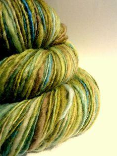 Handspun yarn uk knitting supplies blue faced by thefibretree