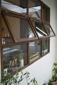 decorating my house Interior Windows, Cafe Interior, House Window Design, House Design, House Windows, Windows And Doors, My Ideal Home, Modern Windows, H & M Home