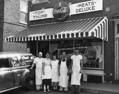 Springfield, Illinois. Tom Thumb Grocery 1950's. MacArthur Blvd. Courtesy of Springfield Rewind and Sangamon Valley Archives.