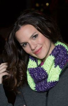 Color Block Cowl Free Crochet Pattern from Red Heart Yarns