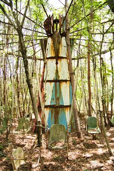 old, abandoned swing ride...this creeps me out for some reason...
