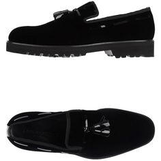 Giorgio Armani Moccasins ($196) ❤ liked on Polyvore featuring men's fashion, men's shoes, men's loafers, black, giorgio armani mens shoes, mens velvet shoes, mens black velvet shoes, mens tassel shoes and mens black shoes